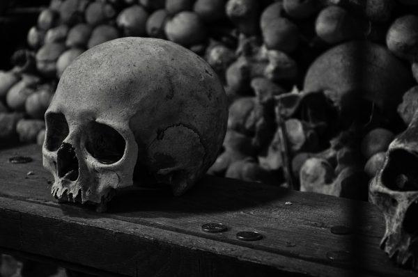 kutna-hora-skulls